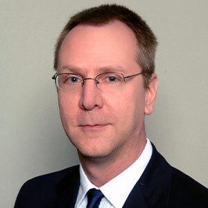 Glenn Schwier headshot