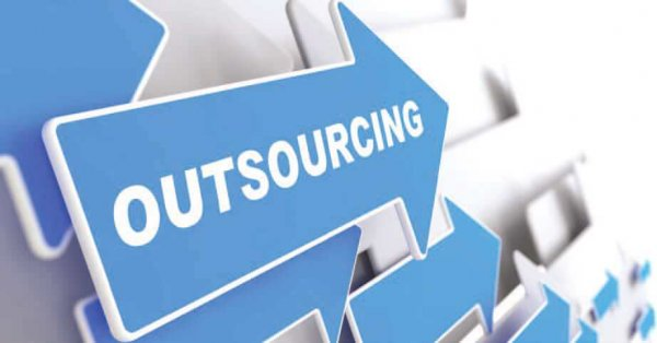 outsourcing arrow image
